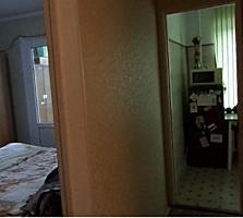 Vind apartament cu 1 odaie, mobilat, la pret bun!