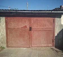 Продается дом с отдельным входом и гаражом есть участок 13.500$ торг.