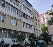Apartament cu 1 odaie cu reparație str. Florarii, 35 m2. Sec. Riscani!