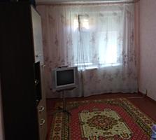 Продам 2 комн. квартиру в центре Днестровска