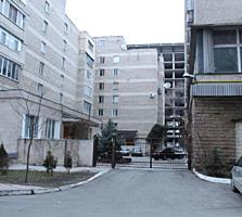 De vânzare apartament cu 2 odăi în casă guvernamentală pe str. S. Lazo