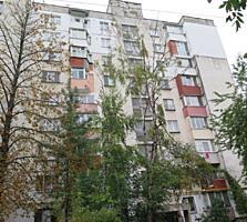 Центр Ботаники, Дечебал-Титулеску. 2-комн/ квартира, 3/9 этаж, середина