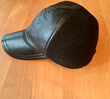 Продам кепку, кожа-кашемир и шапку фирмы Burton