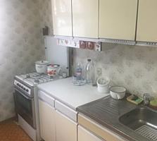 Vindem apartament cu 2 odai, Botanica, 143 ser, et. 3/9- 39000 euro