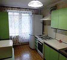 3 к. на Таирова в кирпичном доме