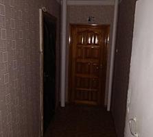 Продается 2 комнатная квартира 50 кв. м. Этаж 5 из 9 есть лифт. Большая