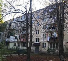 Зелинского, 2-ком., 48 м2, раздельные комнаты, косметический ремонт!