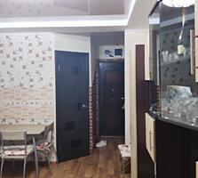 Продам комнату в общежитии в районе парка Победа 8500 торг уместен!