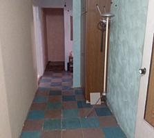 3-комнатная, площадь 72,9. Торг уместен.