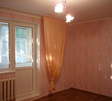 Продаю 2-комнатную квартиру с ремонтом на первом этаже