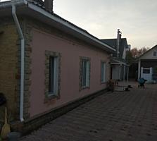 Срочно продаются два дома и гараж в одном дворе, торг при осмотре!!!!