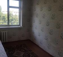 Продам 3-комнатную квартиру на Западном срочно под ремонт.