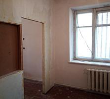 Продам 1- комнатную под бизнес в районе ПГУ