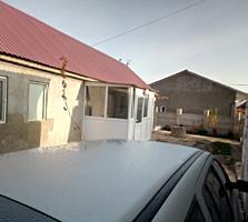 Продам дом с коммерческим помещением в центре Ближнего хутора