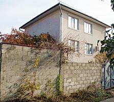 Двухэтажный котельцовый дом Скиноаса
