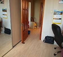 Продам трёхкомнатную квартиру, ремонт мебель. Автономка, за шерифом