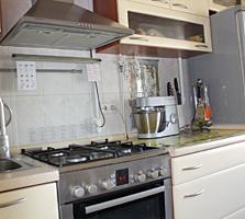 Продается 3-комн квартира на Балке. р-н Клио. С отличным ремонтом!!!