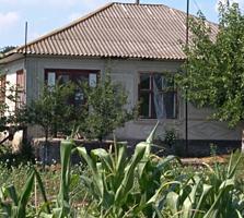 Срочно дом в Трифанешты р. Флорешть 3000 евро. Погреб, сарай.
