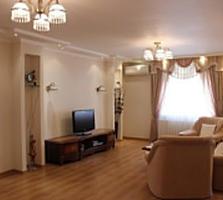 Продается шикарная четырехкомнатная квартира в элитном доме!!!