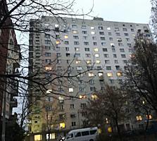 А. Руссо, 1-ком., 39 м2, большая комната 20 м2, кухня 8 м2!