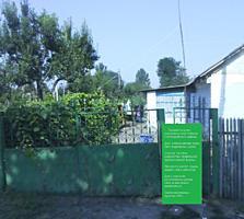 Продается дом с участком 14 соток в центре с. Чобручи Слободзейский р