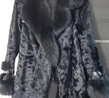 Шикарная шубка пальто.
