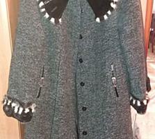 Женское пальто размер 52