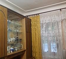 Продается 3-квартира на земле в центре г. Бендеры с гаражом и участком