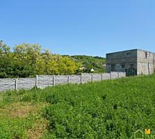 Vila lingă iaz și pădurea, 100 m2, 11 ari un loc perfect pentru odihna