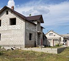 Трушены, незавершенный, соседи солидные новые дома