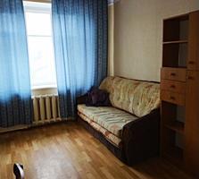 Продается 2-комнатная квартира в центре!