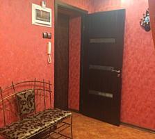 4 - комнатная квартира в центре Тирасполя (счастливый мир)