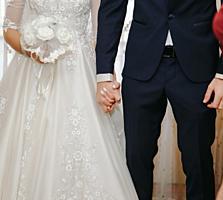 Продаётся свадебное платье с смокингом!