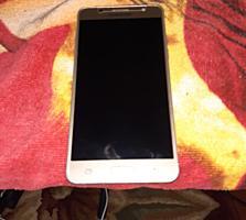 Продам Samsung J5 16 год в отличном состоянии 1400 лей