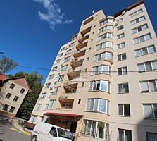 Apartament cu 3 camere, suprafata 100m2. Bloc nou. Euroreparatie!!!