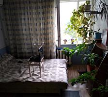 Продаётся комната. С бытовой техникой. С мебелью. Готова к въезду.