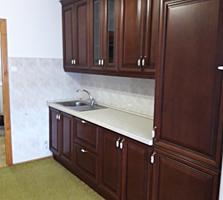 Продается 3-комнатная квартира на 10 квартале Фидеско