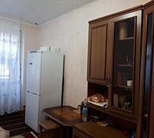 Se vinde camera in Chisinau la Aeroport / Продается комната Аэропорт