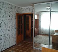 Продам 2 комнат. квартиру в общежитии. Срочно!