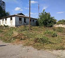 ОЧЕНЬ СРОЧНО продам большой котельцовый дом в г. Бендеры р-он ПЕНТАГОН
