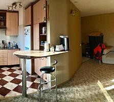 Apartament cu 2 camere. Et 4/5. 43 m2. Bd. Kiev.