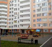 Срочно продаю 2- х комнатную квартиру в центре Кишинэу улица Мелестиу