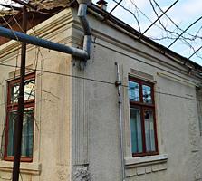 Дом продам 4-комн, кухня, Центр, Бендеры, Рыбницкая.