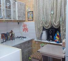 Срочно двушка, жилое состояние, 2 балкона, кухня - 7 м2! 14500$