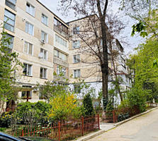 Sec. Rîșcani, bd. Moscova! Apartament cu 2 odăi, 42m2! Parcul Avgan!!!