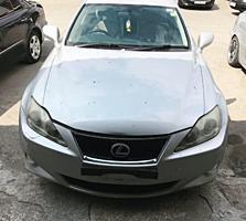 Разбирается Lexus IS 220d праворульный. 2006 год.