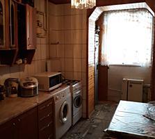 Продам трёхкомнатную квартиру, Пэмынтены