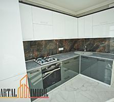 Apartamentul are suprafața de . 3 camere, living, bucătărie stilată, .
