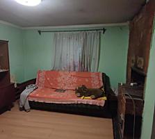 СРОЧНО! 2-х ком квартира в ЖЭКовском доме! 10000 евро торг