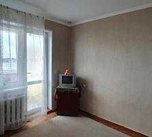 Se vinde apartament cu 3 odai pe str. Indepententei!!!